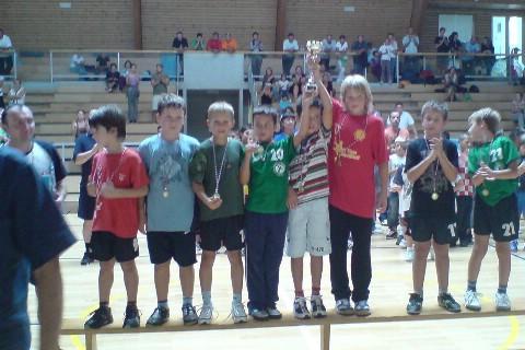 Mladi labinjani pobjednici 14. međunarodnog turnira u mini-rukometu / Umag - 2009