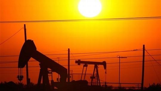 Cijena nafte skače iznad 100 dolara po barelu!