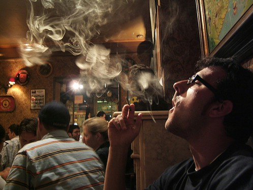Pušači pozor: Od 9. listopada cigarete su ponovno dobrodošle u kafićima