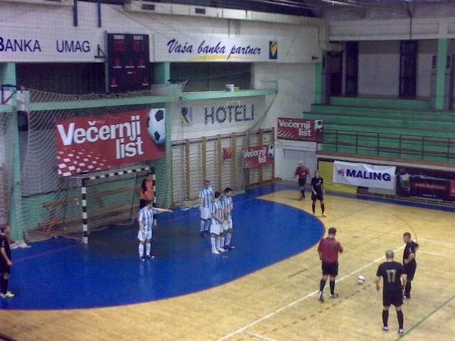 I HMNL / LABIN: MNK Potpićan 98.-MNK Mejaši 2:3 (2:1)  Trener Zoran Peruško podnio ostavku prije utakmice