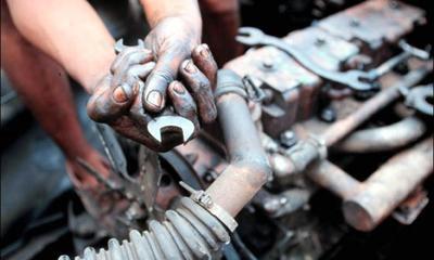 Automehaničar iz Zajci teško ozlijeđen na radu