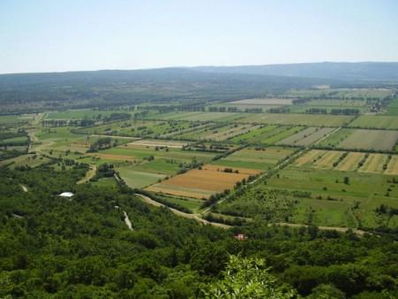 Odluka o agrotehničkim mjerama zaštite poljoprivrednog zemljišta i mjerama za uređivanje i održavanje poljoprivrednih rudina