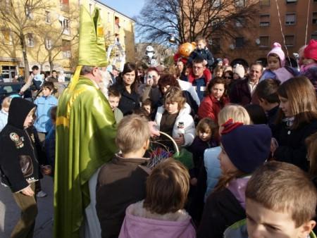 Sveti Nikola darivao labinske mališane