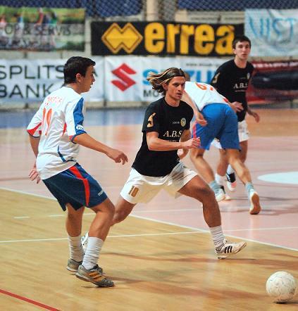 MNK Potpićan 98 ABS kao mamac za publiku na turniru u Puli odnio pobjedu 4:0 pritiv momčadi Kaosa
