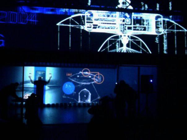 KUC Lamparna otvorena performansom Orbitalna akademija :: LOKS slovenskih umjetnika (Galerija fotografija)