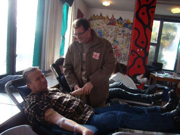 Visok odaziv Labinjana akciji darivanja krvi, Mladen Jung darivao krv  po  stoti put