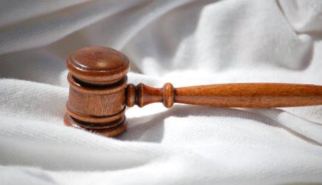 S početkom 2010. na snazi novi Zakon o radu, niz novih zakona, a poskupljuje i plin