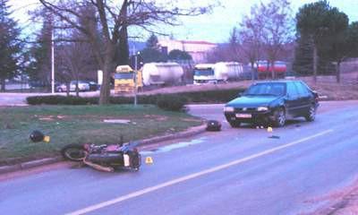 Dubrova: Teže ozlijeđen motociklist