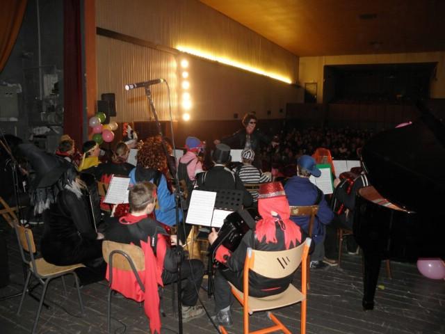 Koncert pod maskama OGŠ Matka Brajše Rašana (galerija fotografija)