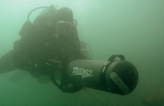 Labinska tvrtka podvodnim skuterima pretraživati će dno Vranskog jezera u potrazi za nestalim Zagrepčaninom